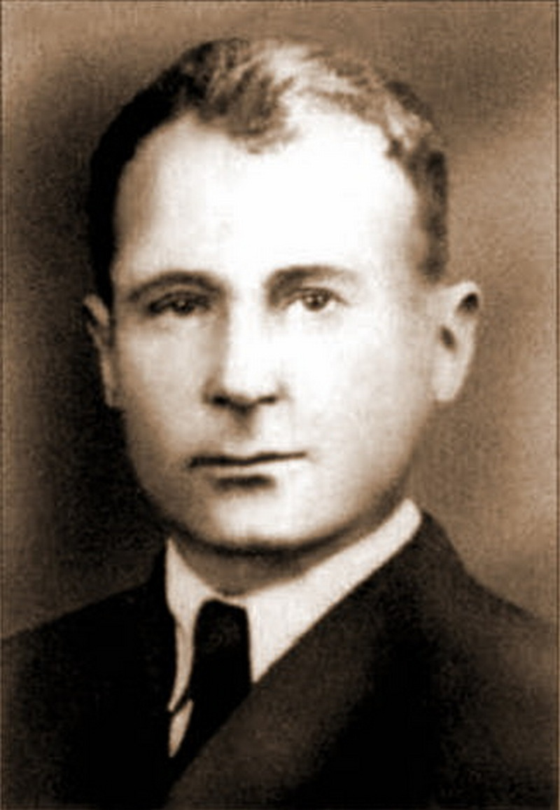Помощник по авиации военного атташе при полпредстве СССР в Германии полковник Николай Скорняков («Метеор») сообщил в Москву из Берлина о плане «Барбаросса».
