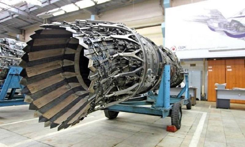 «Изделие 30» - двухконтурный турбореактивный двигатель с форсажной камерой, который способен выдавать тягу в 10 раз больше собственного веса.