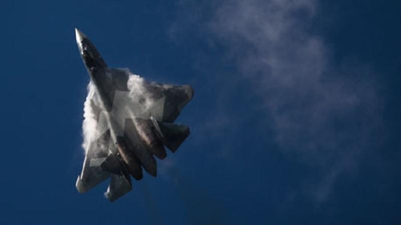 Россия и Индия реализуют проект по созданию истребителя пятого поколения (FGFA).