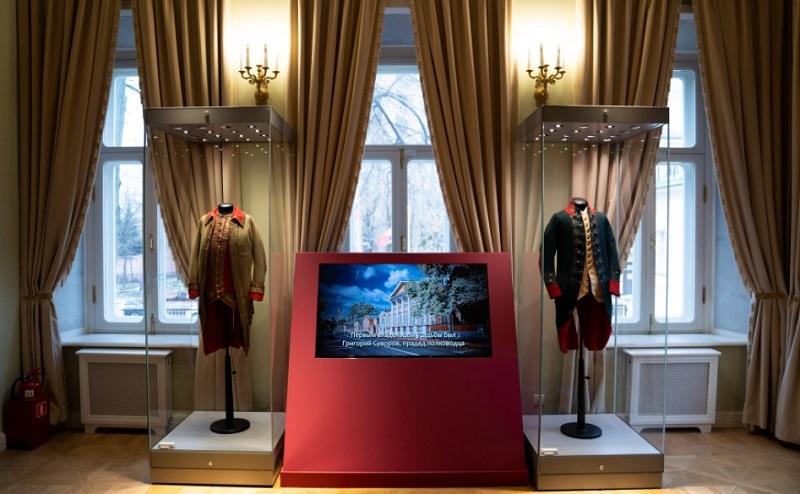 В московском Музее военной формы работает выставка «Суворов. К 290-летию со дня рождения».