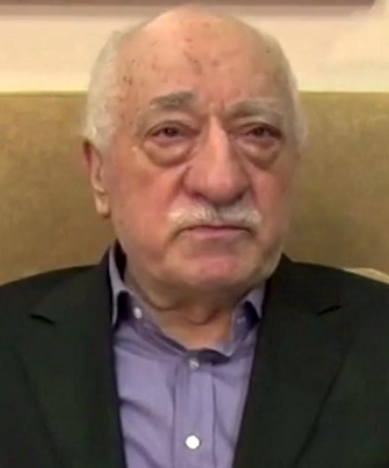 Фетхуллах Гюлен - турецкий писатель и исламский общественный деятель, основатель общественного движения «Хизмет».