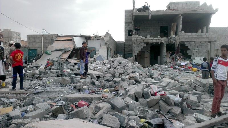 По сути, Йемен утратил государственность и территориальную целостность.