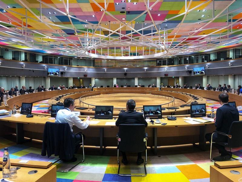 В сочельник перед Рождеством по западному календарю Европейский союз и Великобритания объявили о достижении Соглашения о торговле и сотрудничестве (UK-EU Trade and Cooperation Agreement).