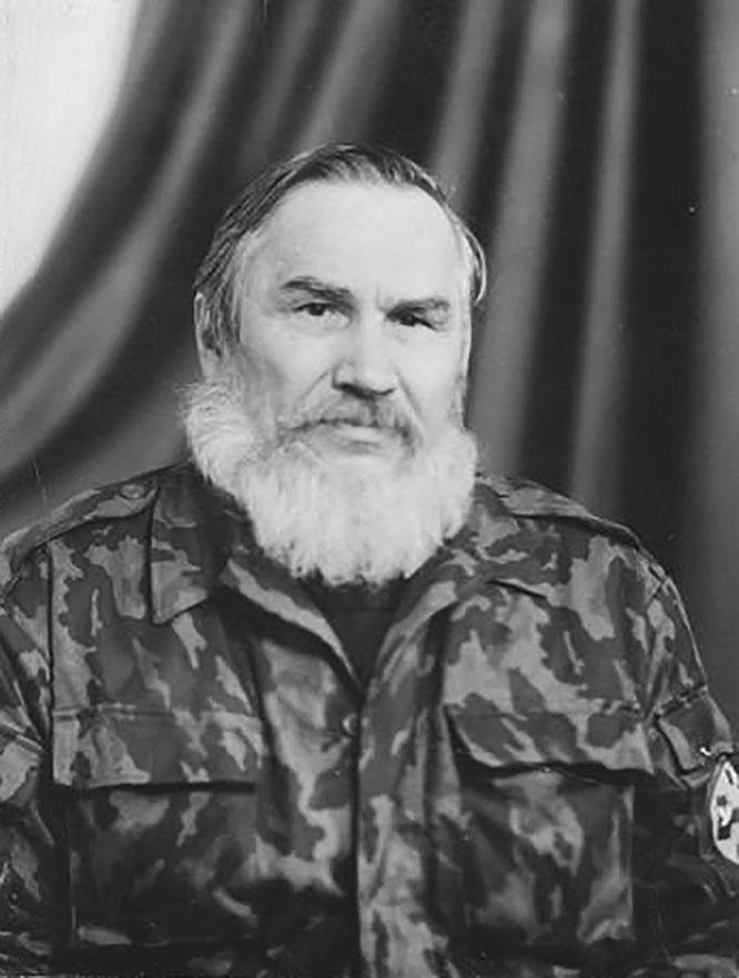 Первые переговоры ичкерийцев и УНА-УНСО* произошли ещё в 1993 году благодаря Анатолию Лупыносу.