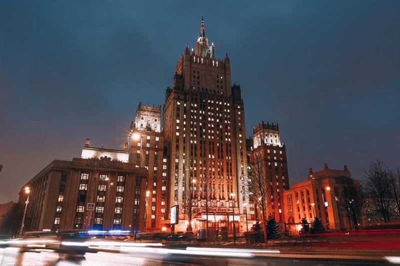 МИД России сообщил, что Россия начала выход из Договора по открытому небу.