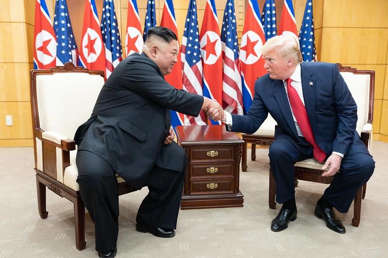 При уходящем президенте США Дональде Трампе стороны попытались наладить диалог, но безрезультатно.