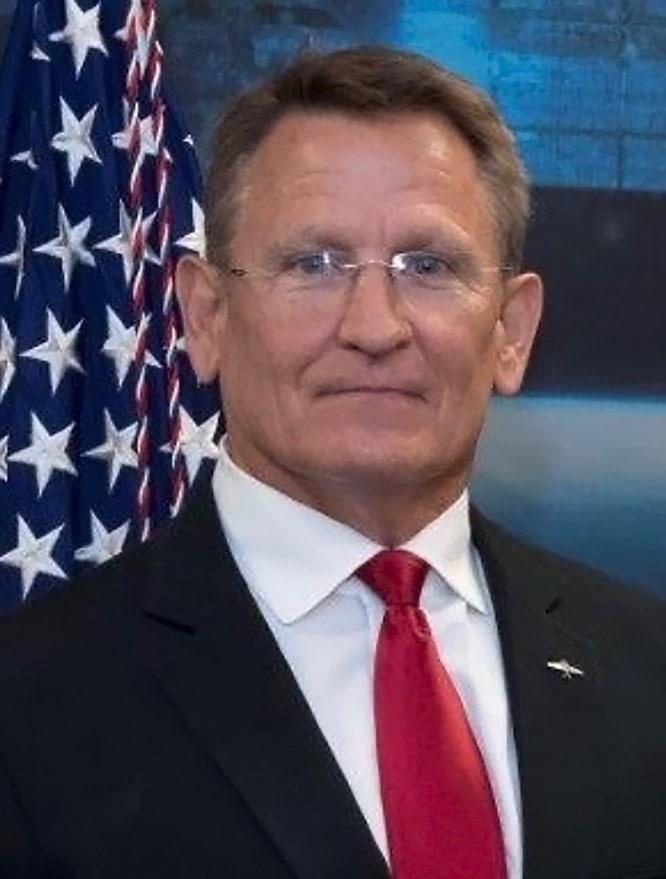 Президент «Института безграничного космоса» Брайн Келли, бывший сотрудник NASA.