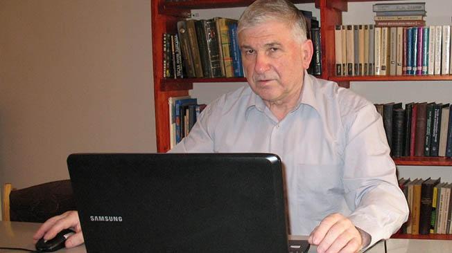 Изобретатель квантового двигателя и теории квантовой энергетики Владимир Семёнович Леонов.