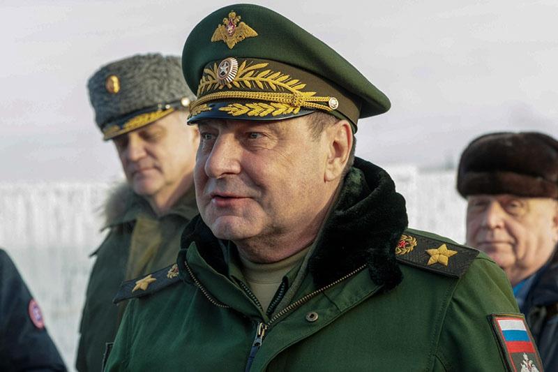 Руководство общими видами обеспечения возложено на центральные органы военного управления, подчинённые заместителю министра обороны России генералу армии Дмитрию Булгакову.