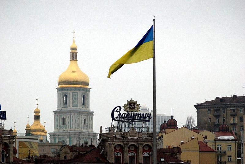 Основательно разрушенная Украина будет зоной свободной охоты собственных и американских олигархов.