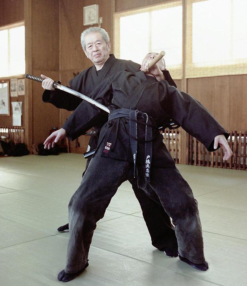 Масааки Хацуми - действующий глава школы Тогакурэ-рю ниндзюцу.