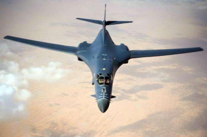 Cтратегические бомбардировщики В-1В Lancer ничто не мешает быстро вернуть обратно в строй ядерных носителей.
