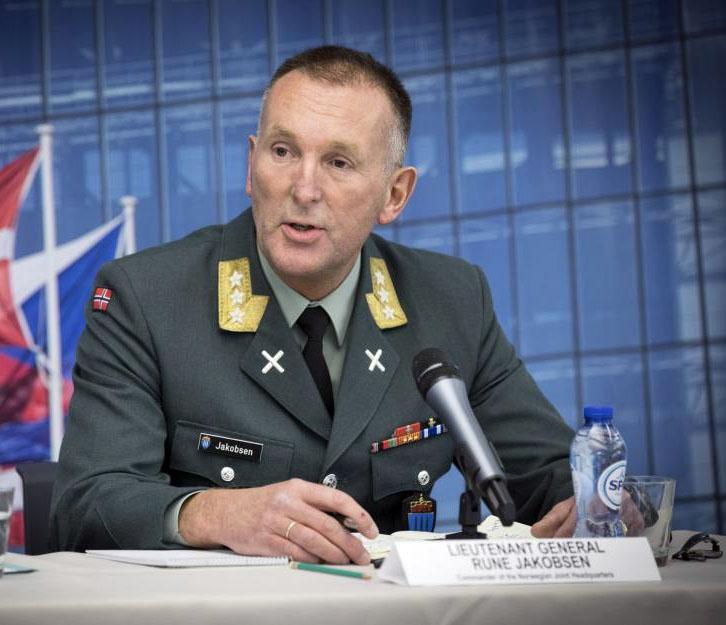 Глава объединённого штаба Вооружённых сил Норвегии генерал-лейтенант Руне Якобсен.