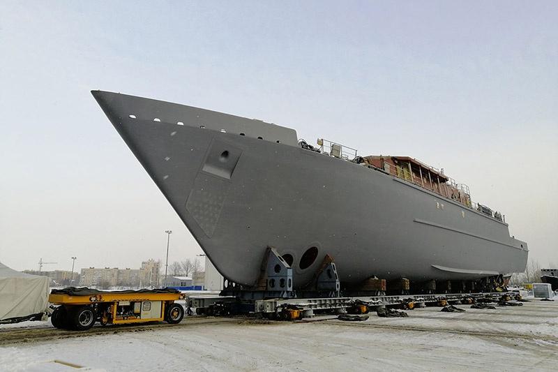На Средне-Невском заводе выведен из цеха корабль противоминной обороны «Пётр Ильичёв».