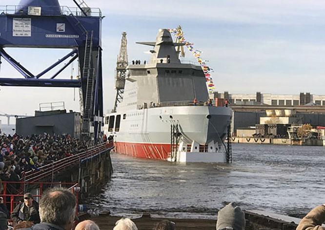 Патрульный ледокол «Иван Папанин» был спущен на воду 25 октября 2019 года.