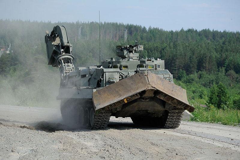 УБИМ предназначена для обеспечения продвижения войск и выполнения инженерных работ в местах огневого воздействия противника, в том числе ив условияхрадиоактивногозаражения.