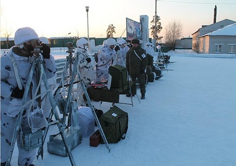В Бурятии так же по-боевому действовали на тактическом учении с десантированием и боевой стрельбой десантно-штурмовые подразделения отдельного гвардейского соединения ВДВ.