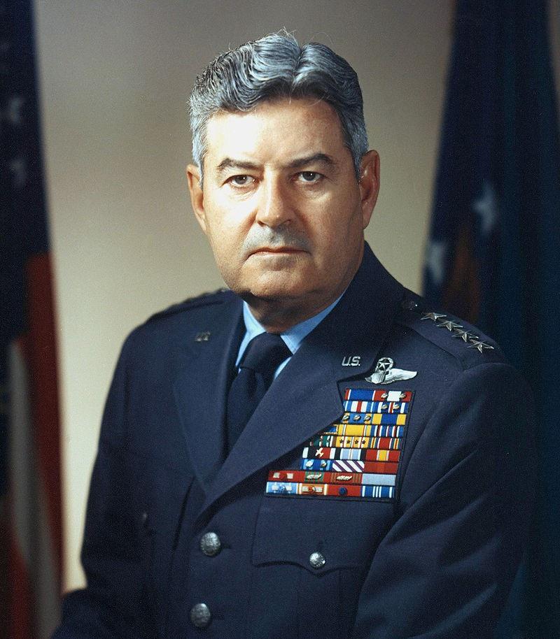 8 мая 1954 года главнокомандующий стратегической авиацией США Кэртис Лемей распорядился поднять в воздух с авиабазы в Великобритании три самолёта-разведчика RB-47 с задачей пролететь над ядерными стратегическими базами на Кольском полуострове.