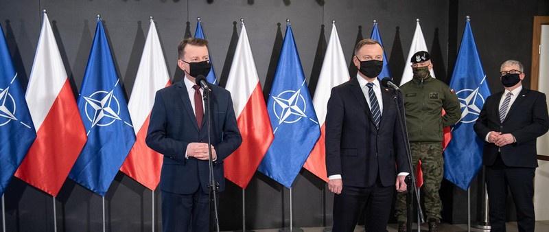 За ходом компьютерных «битв» лично наблюдал президент Польши Анджей Дуда и глава Министерстванациональной обороны Мариуш Блащак.