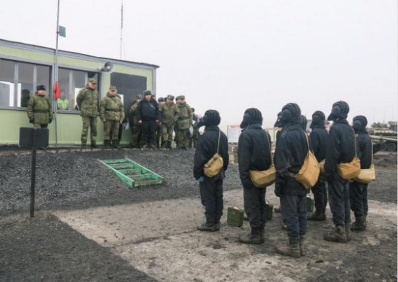 Командующий войсками ЮВО генерал армии Александр Дворников оценил боевую подготовку танковых подразделений мотострелкового соединения, дислоцированного в Ростовской области.