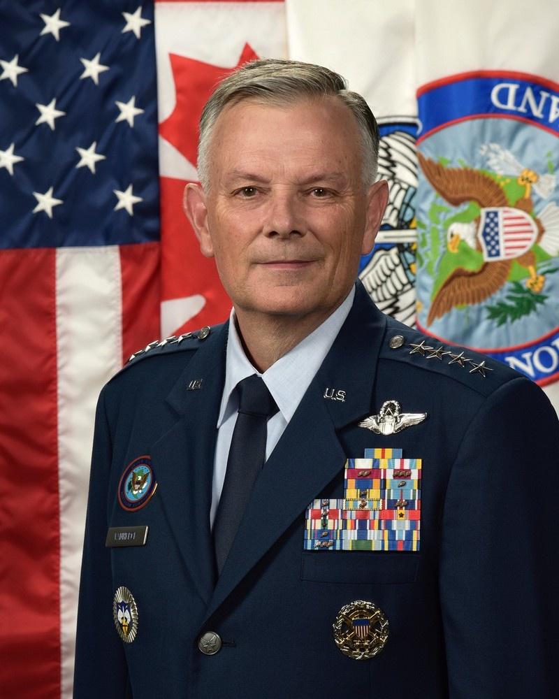 Командующий Северным командованием США (USNORTHCOM) генерал-лейтенантГлен Д. Ван Хёрк.