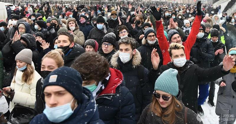 Участники несанкционированной акции сторонников Алексея Навального выступали не за Навального.