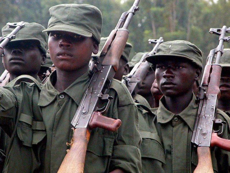 За несколько десятилетий бойцы LRA убили более 100тыс. человек и захватили более 60тыс. детей, многие из которых стали впоследствии детьми-солдатами.