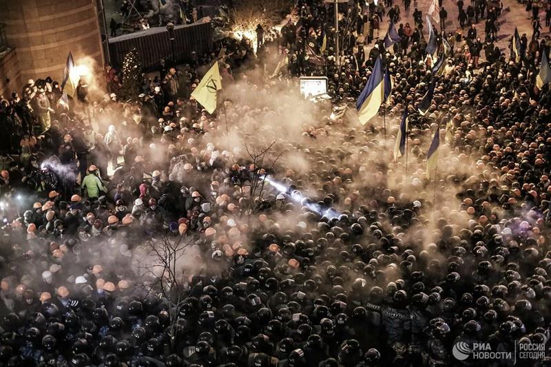 Основой первых бригад и батальонов стали майдановские сотни: те, кто проливал кровь в Киеве.