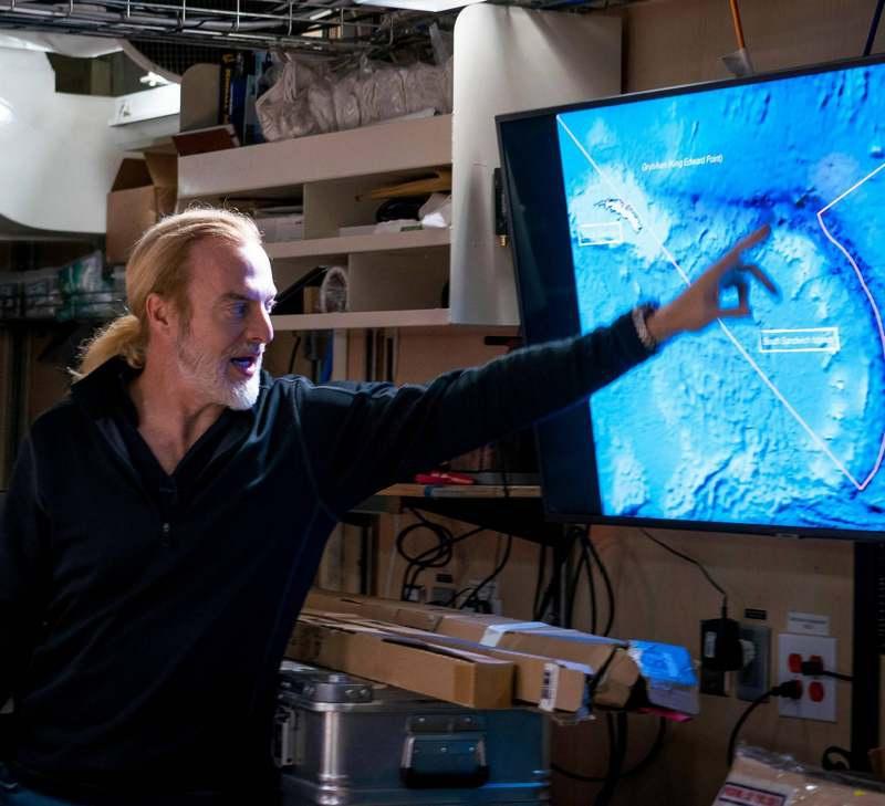 Легенда Америки, бизнесмен и исследователь Виктор Весково, который на сегодняшний день покорил все главные вершины пяти континентов, и возглавил экспедицию «Пять глубин».
