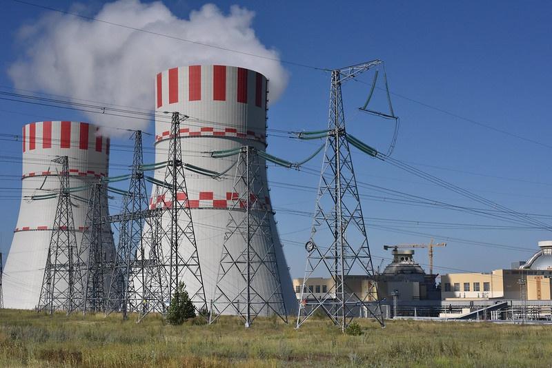 Около 18% всей вырабатываемой электроэнергии в России производится силами АЭС.