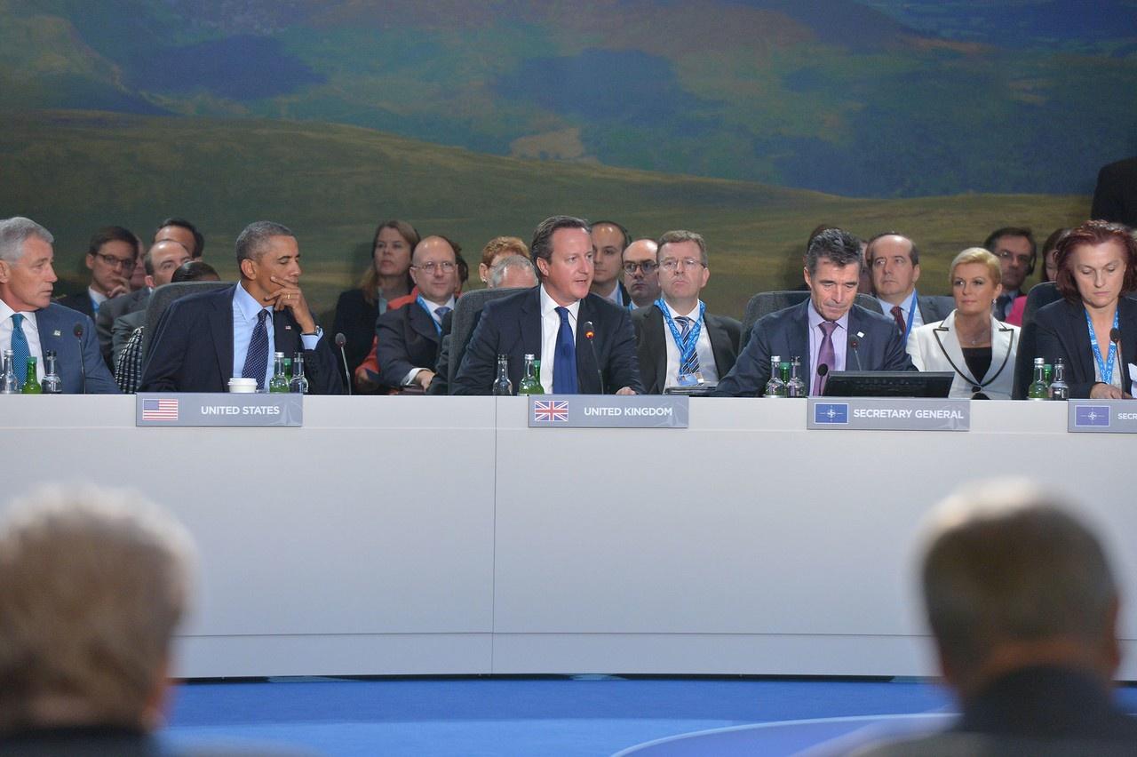 На саммите НАТО в Уэльсе (Великобритания) в сентябре 2014 года было принято решение довести военные бюджеты как минимум до 2% ВВП в течение 10 лет.