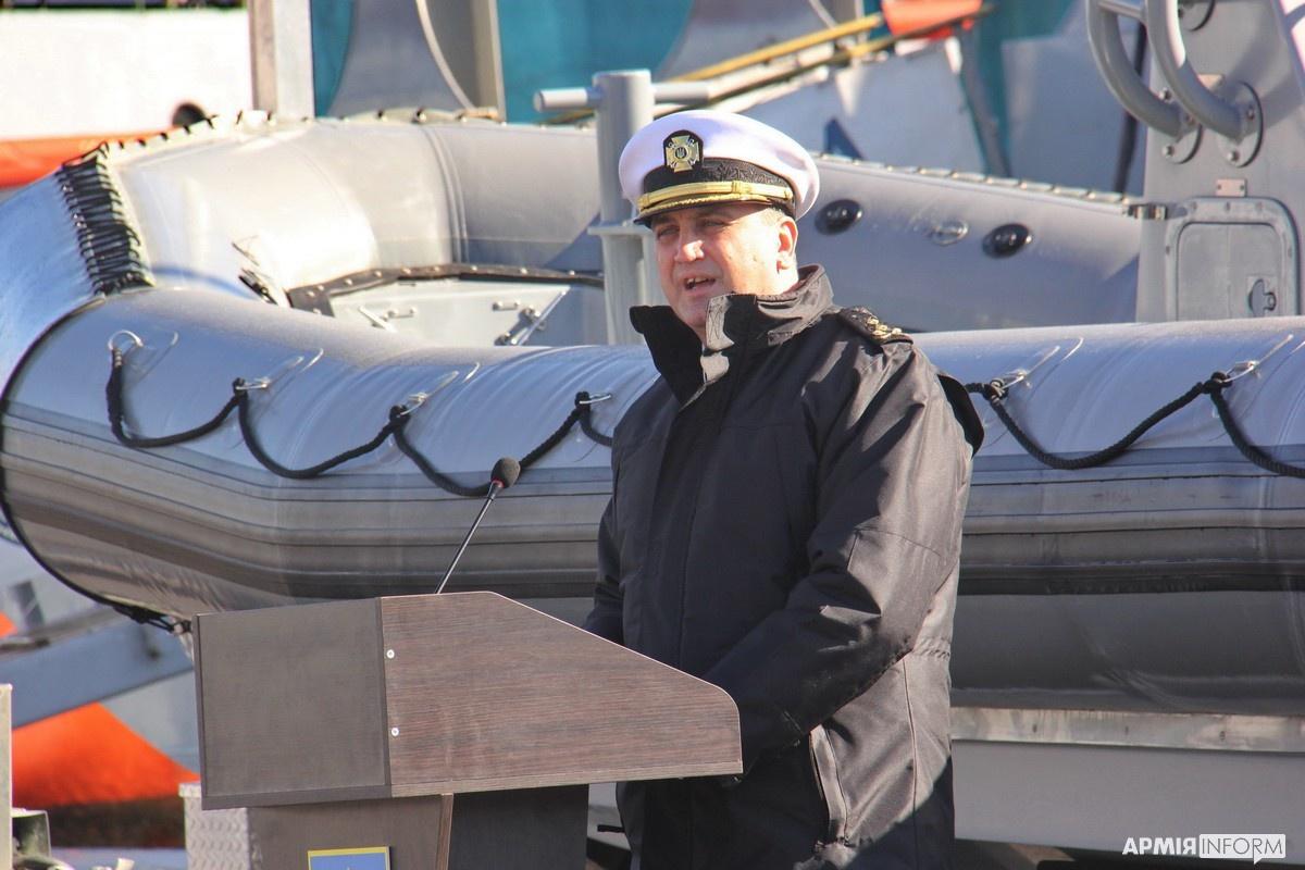 Командующий ВМС Украины Алексей Неижпапа вынужден был доверительно сообщить, что украинской стороне «также были переданы водолазное оборудование, тепловизоры, средства связи, радиотехнические комплексы».