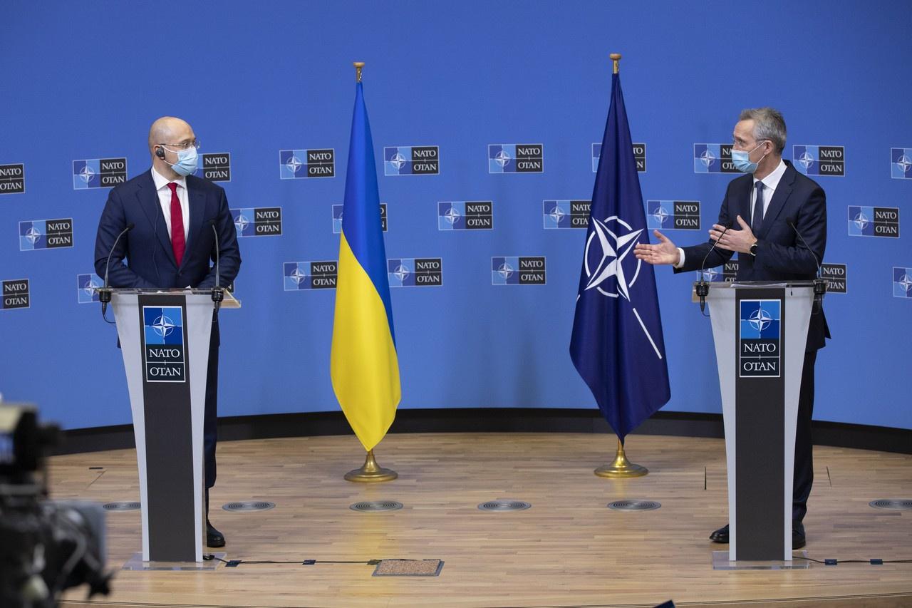 Пресс-конференция генерального секретаря НАТО Йенса Столтенберга с украинским премьером Денисом Шмыгалем, 9 февраля 2021 г.