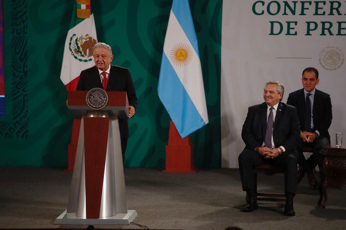 23 февраля состоялся официальный визит президента Аргентины Альберто Фернандеса в Мексику и переговоры с мексиканским коллегой Андресом Мануэлем Лопесом Обрадором.