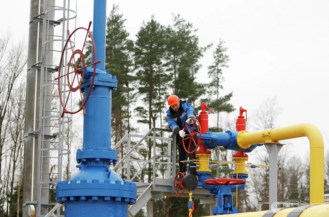 Газпрому пришлось в срочном порядке наращивать поставки газа в Европу.