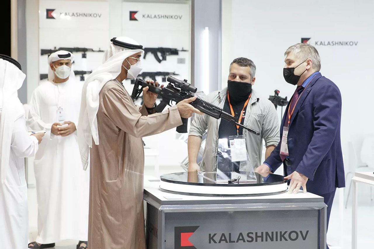 Принц Абу-Даби заинтересовался новым АК-19.