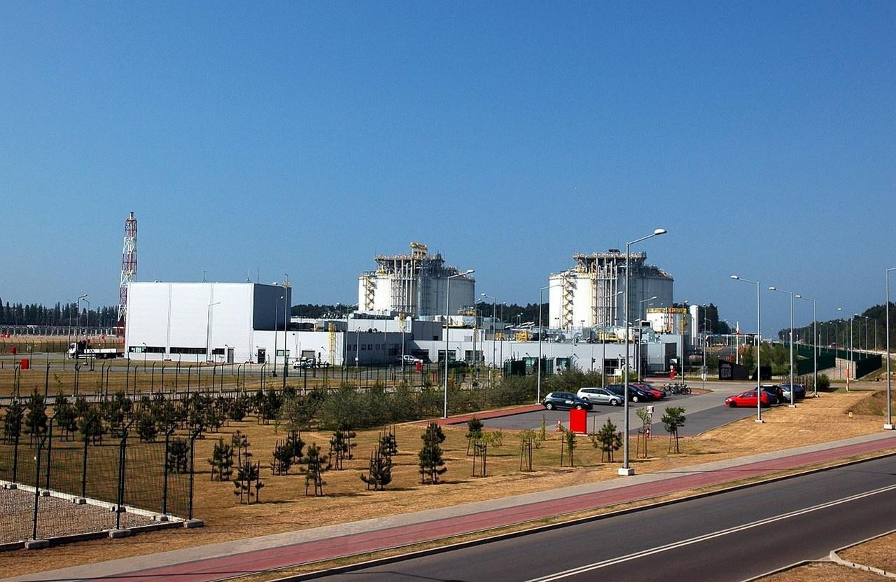 Ещё недавно Польша собиралась стать главным хабом для распространения американского сжиженного природного газа (СПГ) в Европе, для чего и построили терминал в Свиноуйсьце.