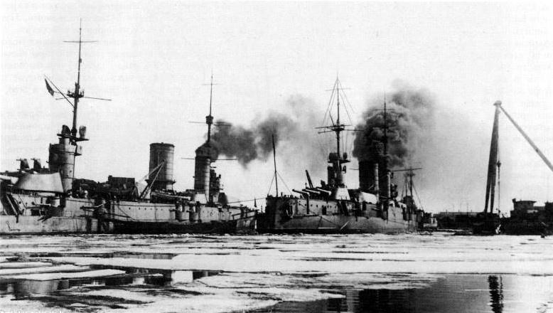 Треть «революционеров» были из команд «Петропавловска» и «Севастополя».