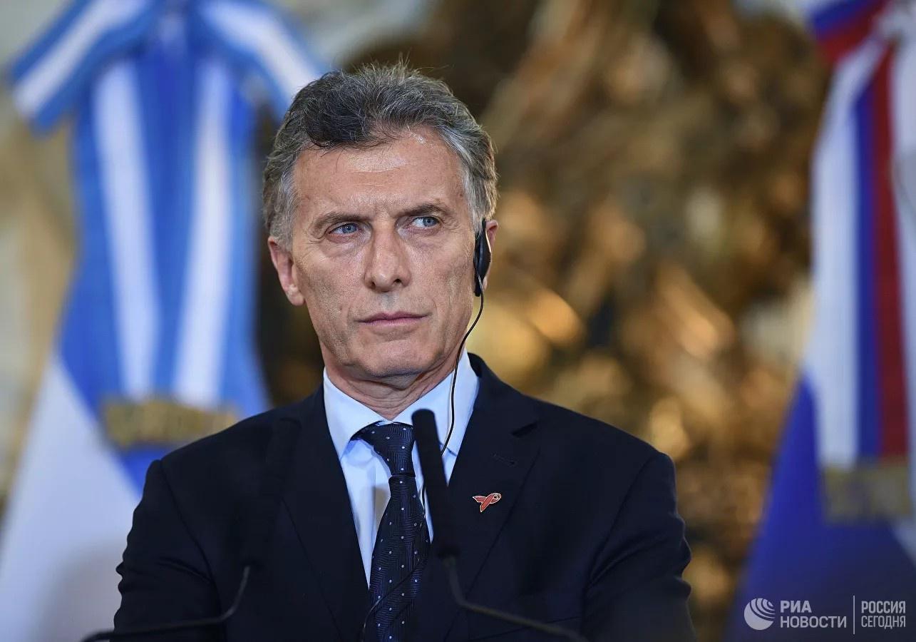 Экс-президент Аргентины Маурисио Макри взял у МВФ беспрецедентно гигантский кредит в 55 млрд долларов якобы на стабилизацию экономики, а на самом деле - на свою избирательную кампанию.