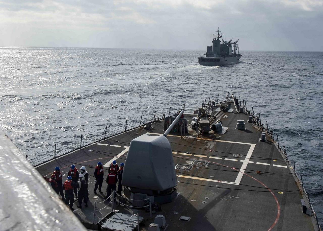 Эсминец USS Curtis Wilbur прошёл через Тайваньский пролив, февраль 2021 г.