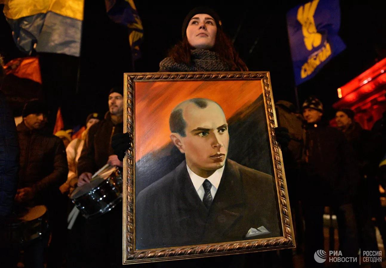 Власть на Украине целиком и полностью оказалась в руках духовных наследников Бандеры.