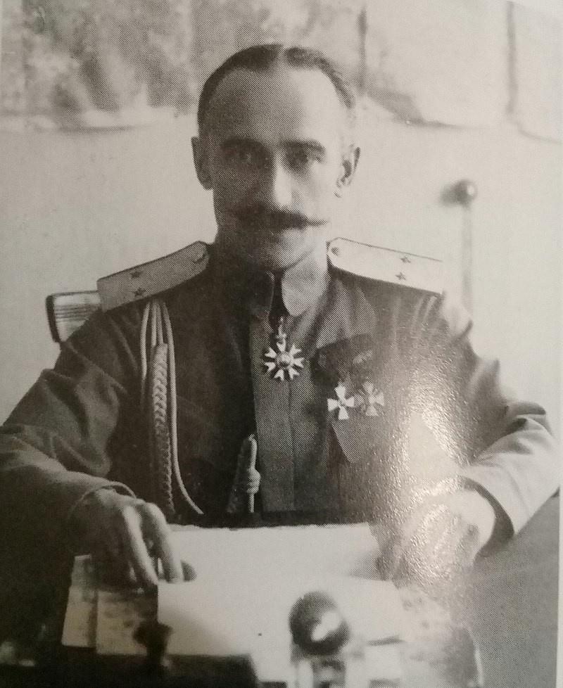 Богословский Б.П. был командующим 3-й армией Восточного фронта. В конце июля 1918 года перешёл на сторону Белого движения.