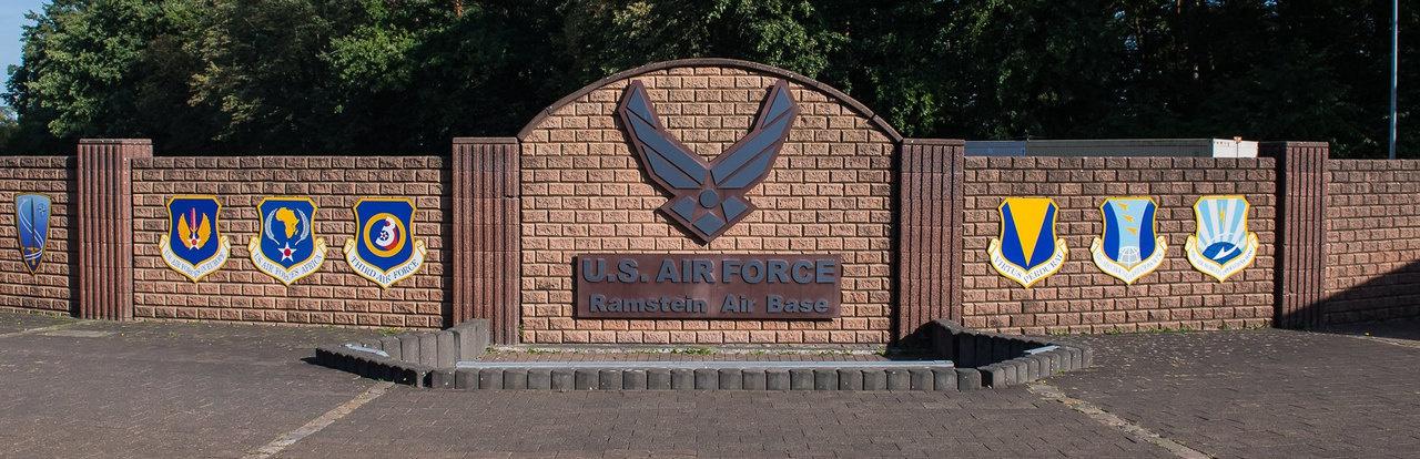 Авиабаза Рамштайн (Ramstein Air Base), является не только крупнейшей в Германии, но и самым крупным опорным пунктом американских ВВС за пределами США.