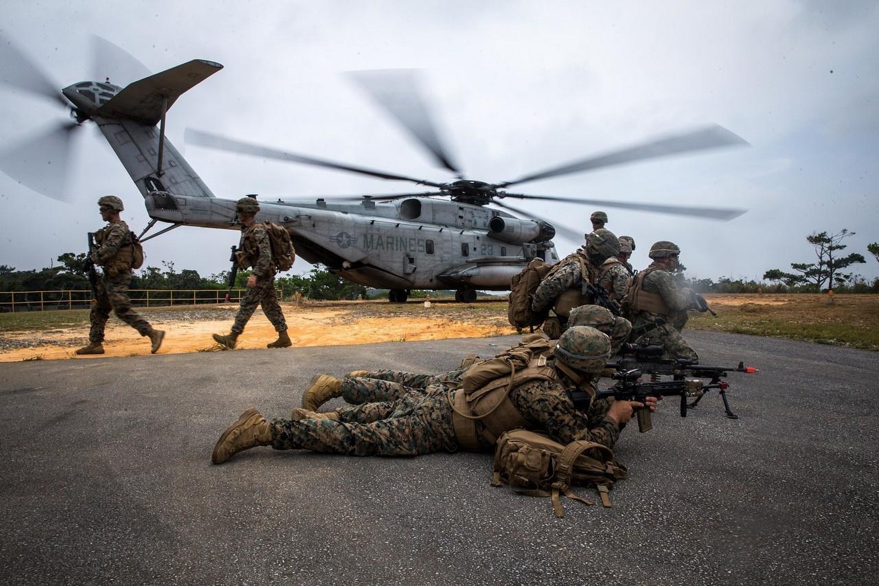 В Японии дислоцируется крупнейший за пределами США американский воинский контингент.
