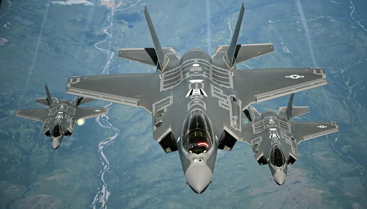 Forbes хоронит самолёт-невидимку 5-го поколения - F-35 Lightning