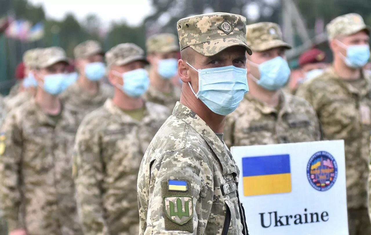 В планах у Североатлантического альянса провести в текущем году совместно с Украиной ряд учений, в том числе манёвры «Нерушимая стойкость» (Coherent Resilience) в Одессе.