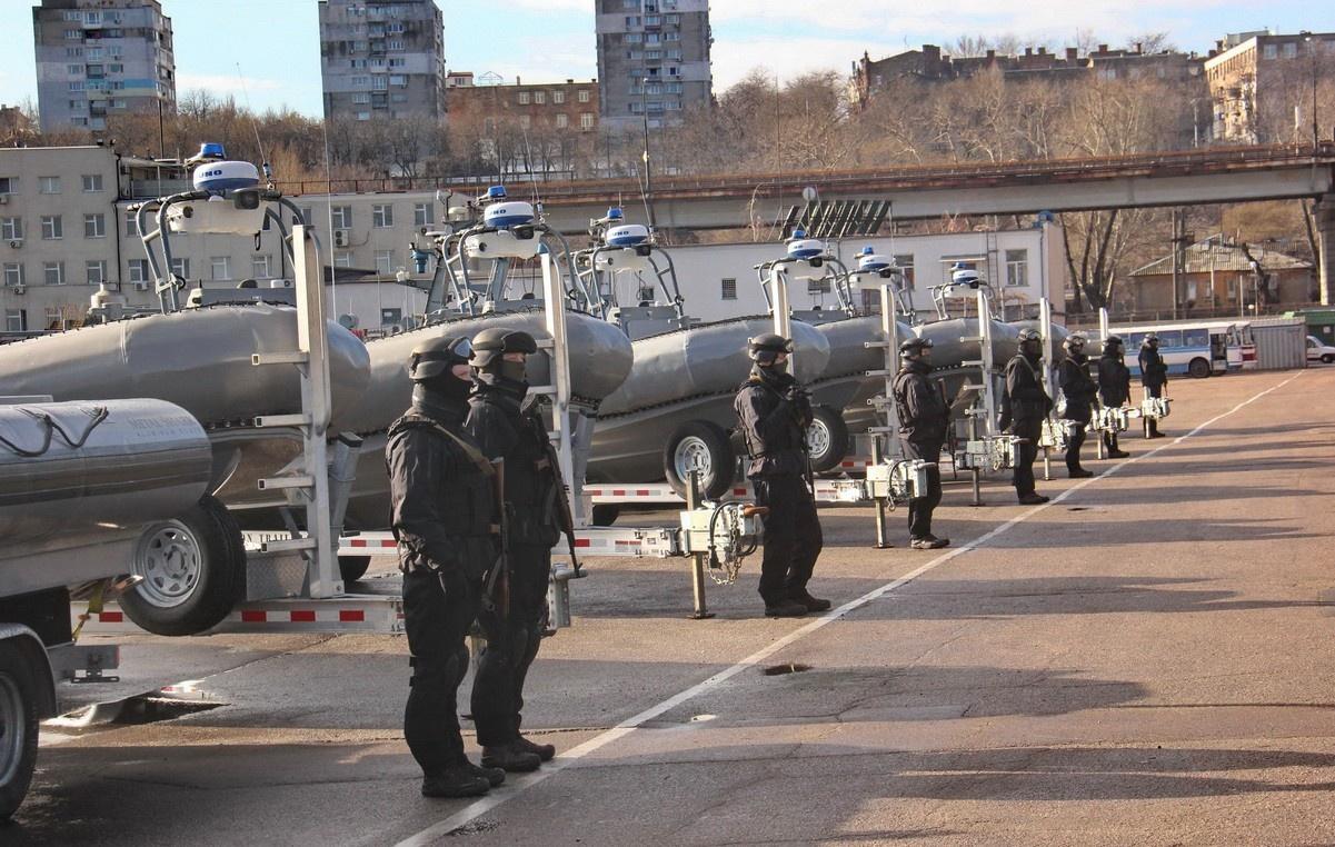Америка пожаловала с барского плеча Украине надувные лодки.