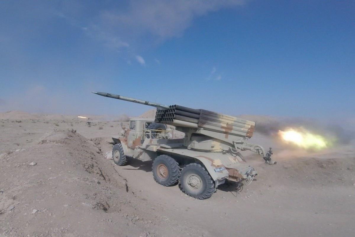 Учение с привлечением более 500 артиллеристов 201-й российской военной базы прошло на двух горных полигонах - Ляур и Самбули - в Таджикистане.