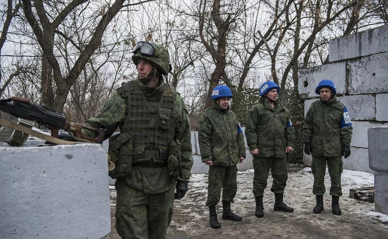 Ситуация в Донецкой и Луганской Народных Республиках за последний месяц серьёзно ухудшилась.