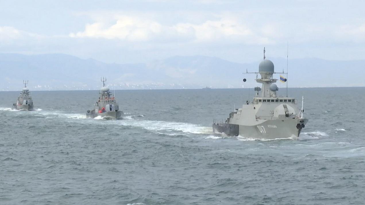 На каспийском рубеже: ПВО и ракетные корабли отражают «Дуэтом» опознанные и неопознанные летающие объекты